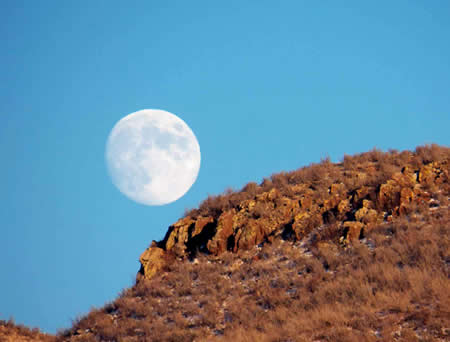 North Table Mountain moon