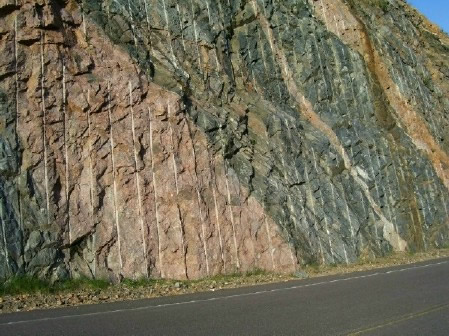 Injection gneiss along Highway 40